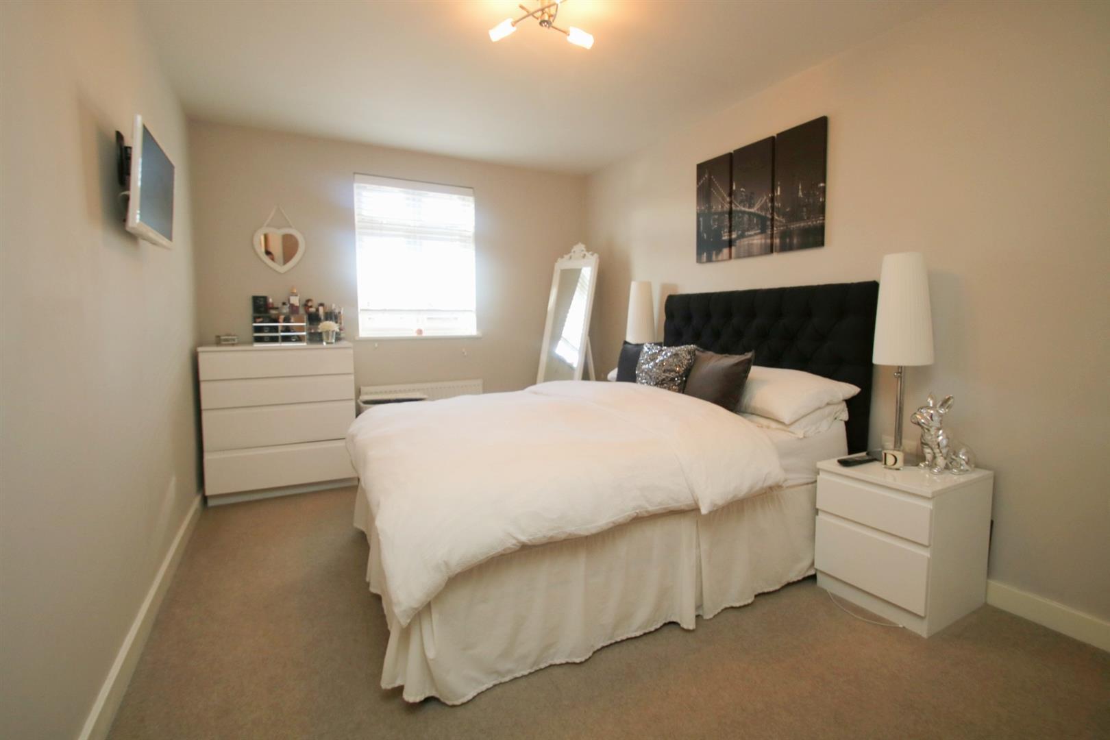 bedroom bright. .jpg